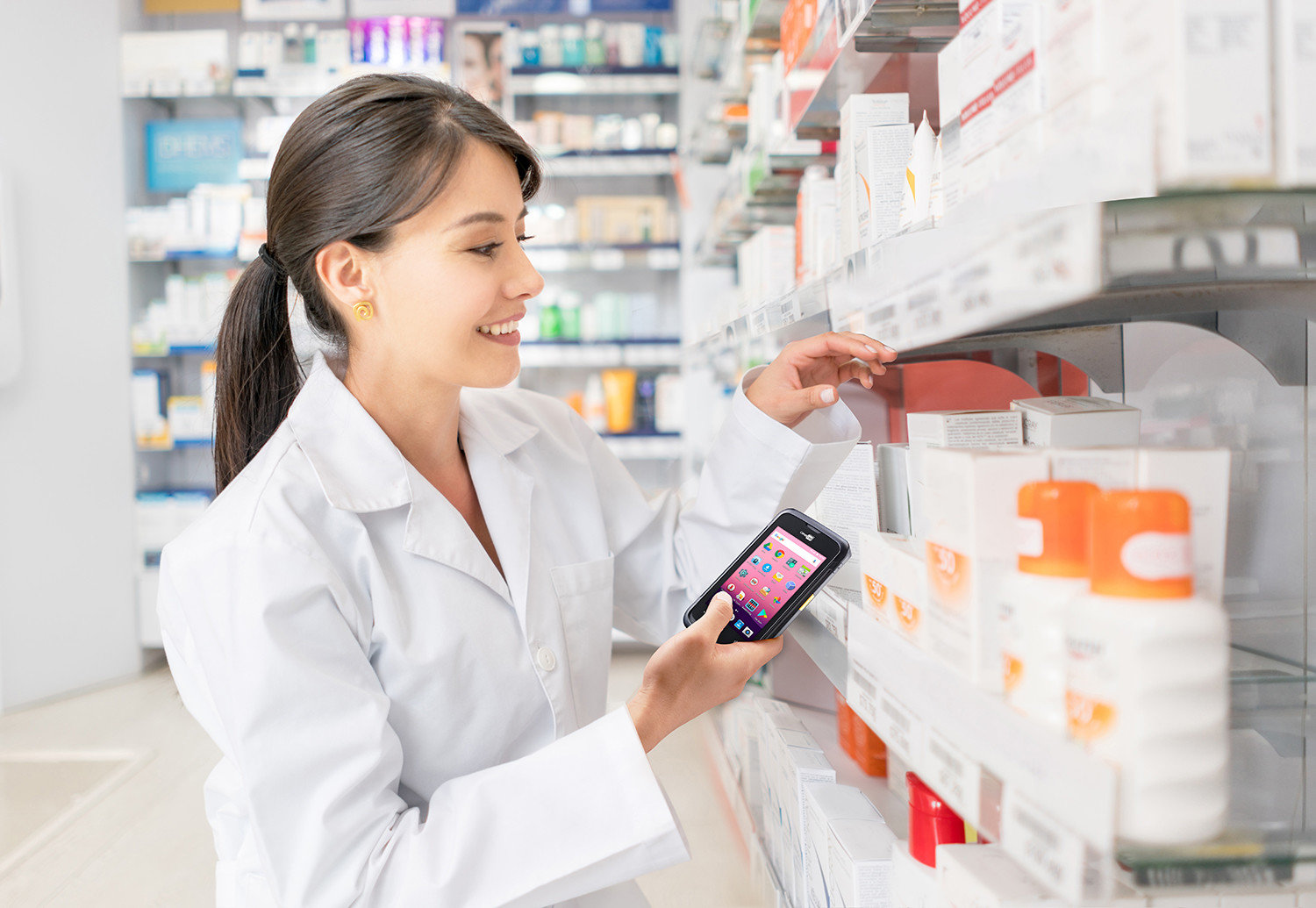Retail Solution - The CipherLab RS31 Keeps Chain Pharmacy In-store Stocks More Accurate Australia CipherLab world leader in AIDC solutions