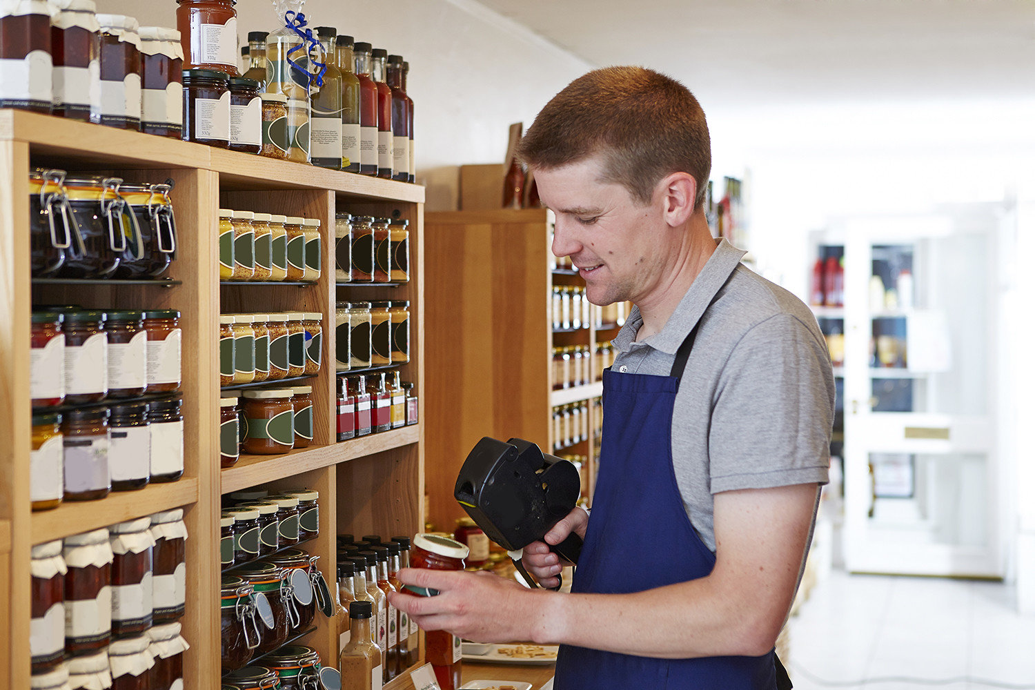 Retail Applications - Product Labeling and Tracking Australia CipherLab world leader in AIDC solutions